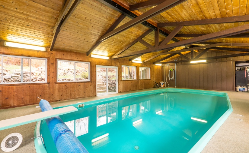 Beverly Heights Beauty – Remodeled – Indoor pool