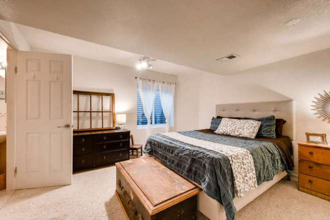 6995 Pike Ct Arvada CO 80007-small-023-17-Lower Level Bedroom-666x445-72dpi